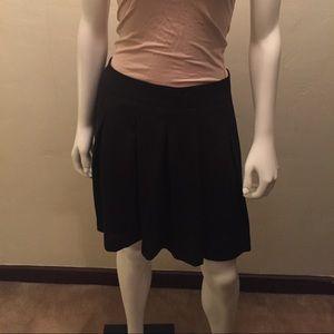 Banana Republic Pleated Skirt NWOT 4